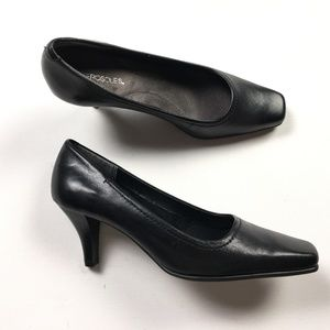 "Aerosoles Womens Black Leather 3"" Heels  6.5 M"